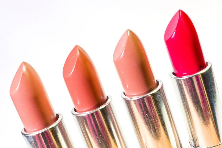 Comment choisir son rouge à lèvres?